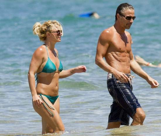 Pictures of Britney Spears in Bikini PDA With Shirtless Jason Trawick in Hawaii Denying Double Wedding Rumours