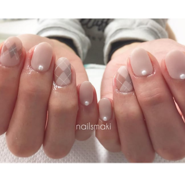 Pearl Nail Art | POPSUGAR Beauty UK