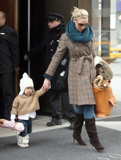 Pictures of Katherine Heigl and Naleigh Kelley Leaving Their NYC Hotel