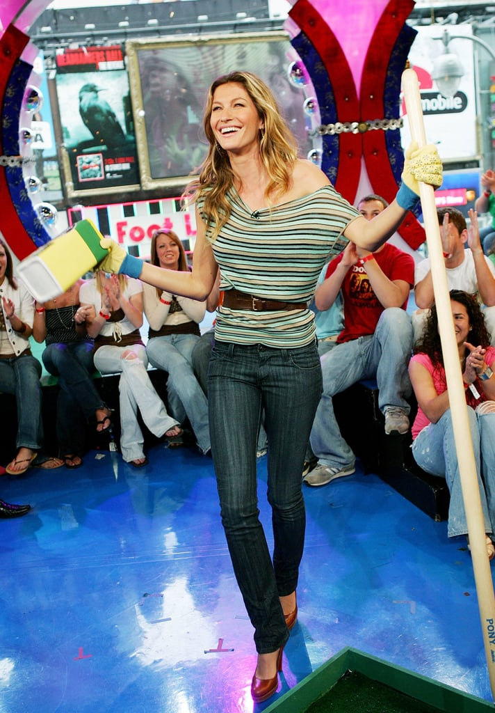 There Was That Time Gisele Cinched Her Waist With a Belt as a Fancy Twist