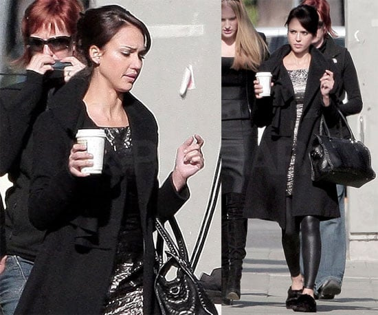 Photos of Jessica Alba at a Revlon Shoot in LA 2009-12-10 15:44:01