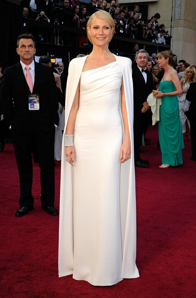 Gwyneth Paltrow wore a white Tom Ford gown. | Oscars Red Carpet ...