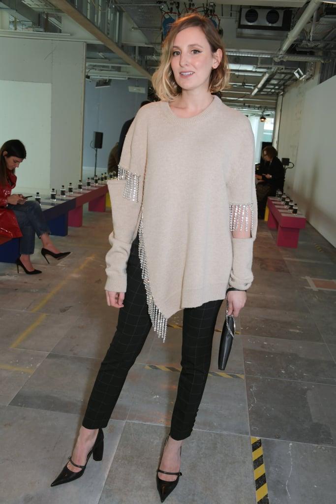 لورا كارميشل في عرض أزياء كريستوفر كين