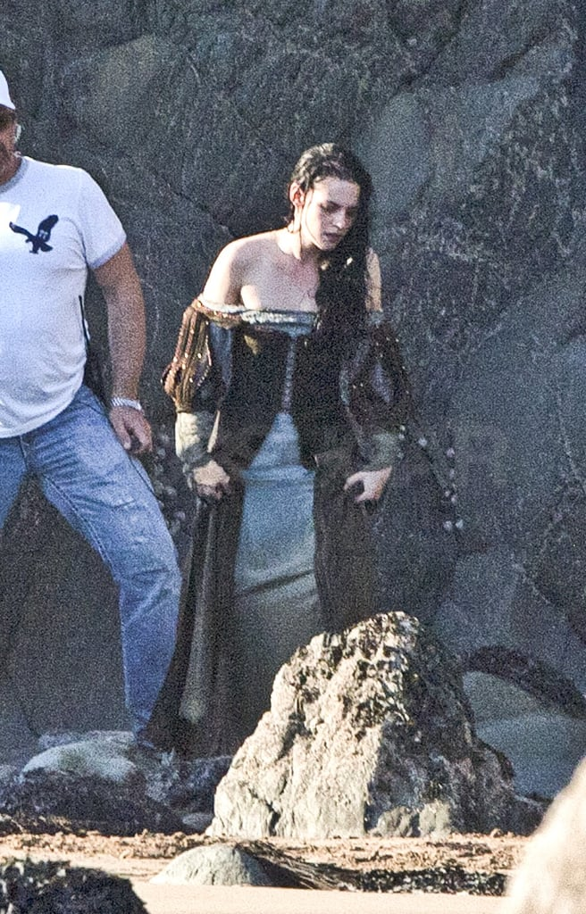 Kristen shot a new scene on the set of Snow White and the Huntsman in Wales.