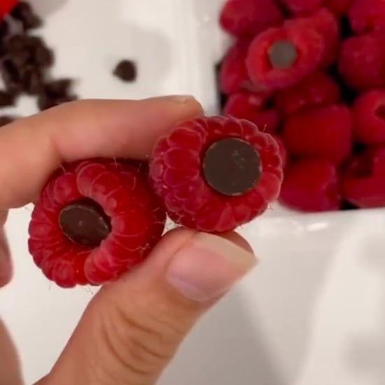 2-Ingredient Chocolate Chip and Raspberry Snack