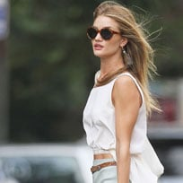Rosie Huntington-Whiteley Carries Chloe!