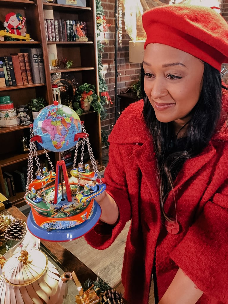 Lifetime's A Very Vintage Christmas (Nov. 27, 8 p.m. ET)