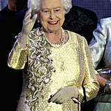 The queen waved at the Diamond Jubilee Concert at Buckingham Palace.
