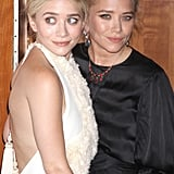 Mary-Kate Olsen and Ashley Olsen put on their smiles for the Fresh Air Fund's Spring Gala in NYC.