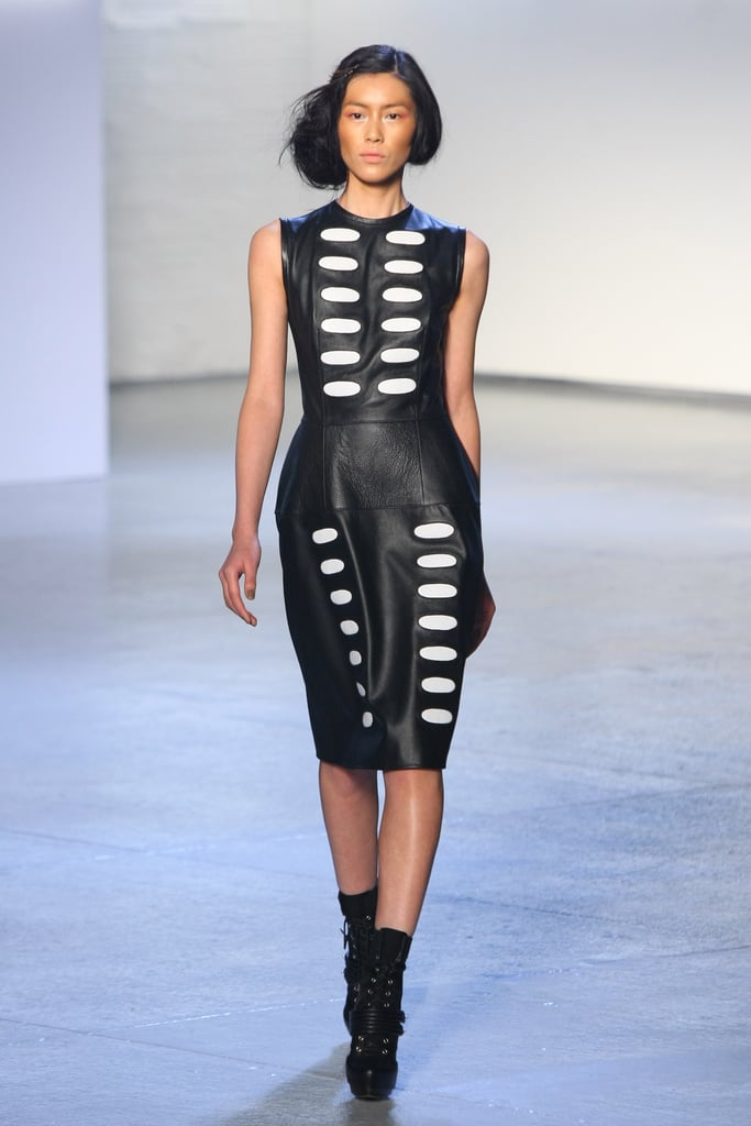 Versace atelier haute couture spring, Body hourglass what to wear