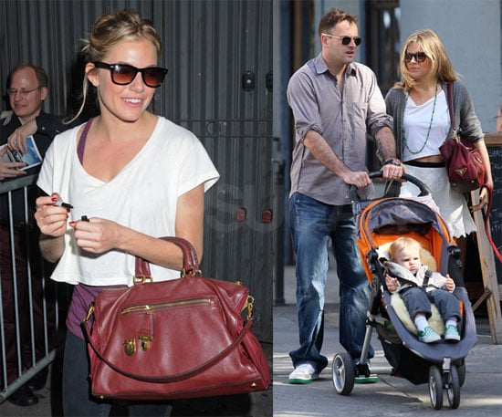 Photos of Sienna Miller and Johnny Lee Miller in NYC 2009-10-05 15:55:22
