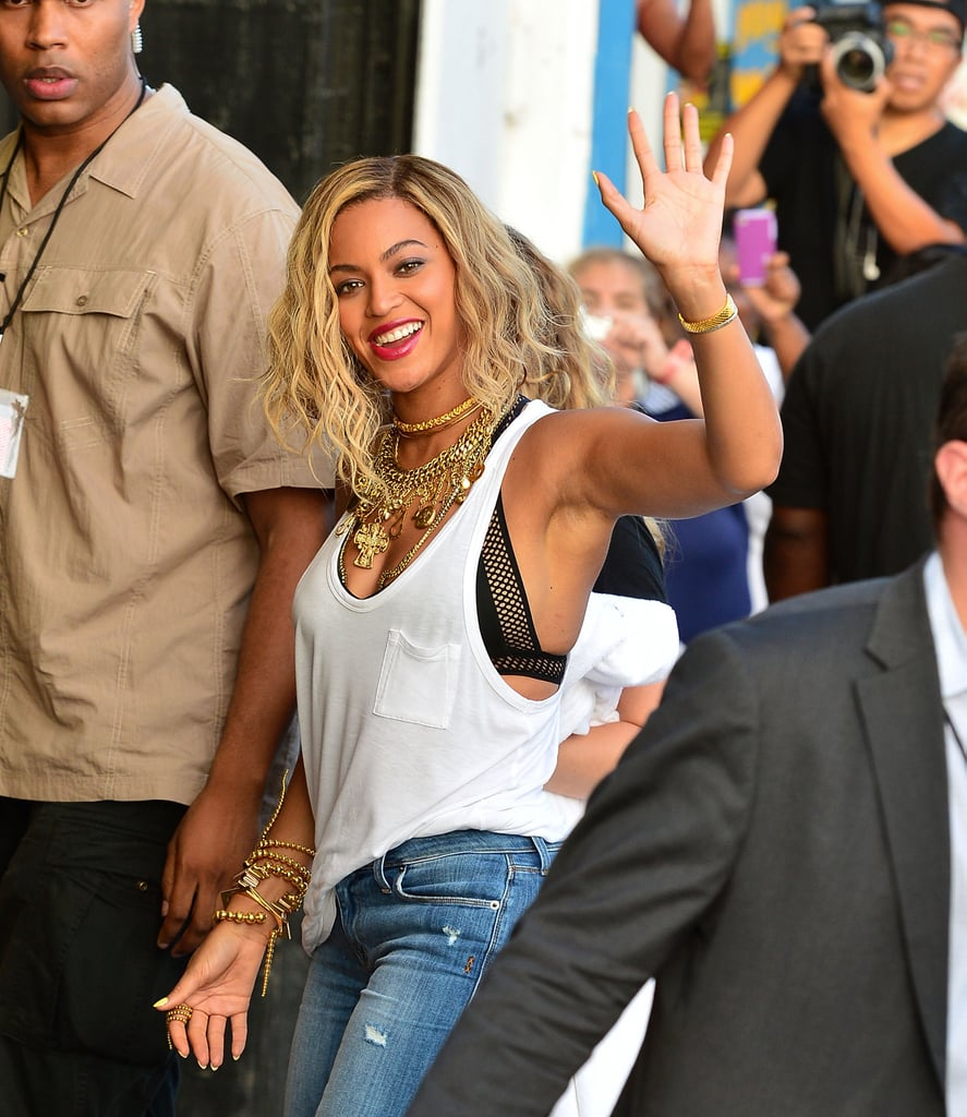 Mrs. Carter Mixes Business With Pleasure at Coney Island