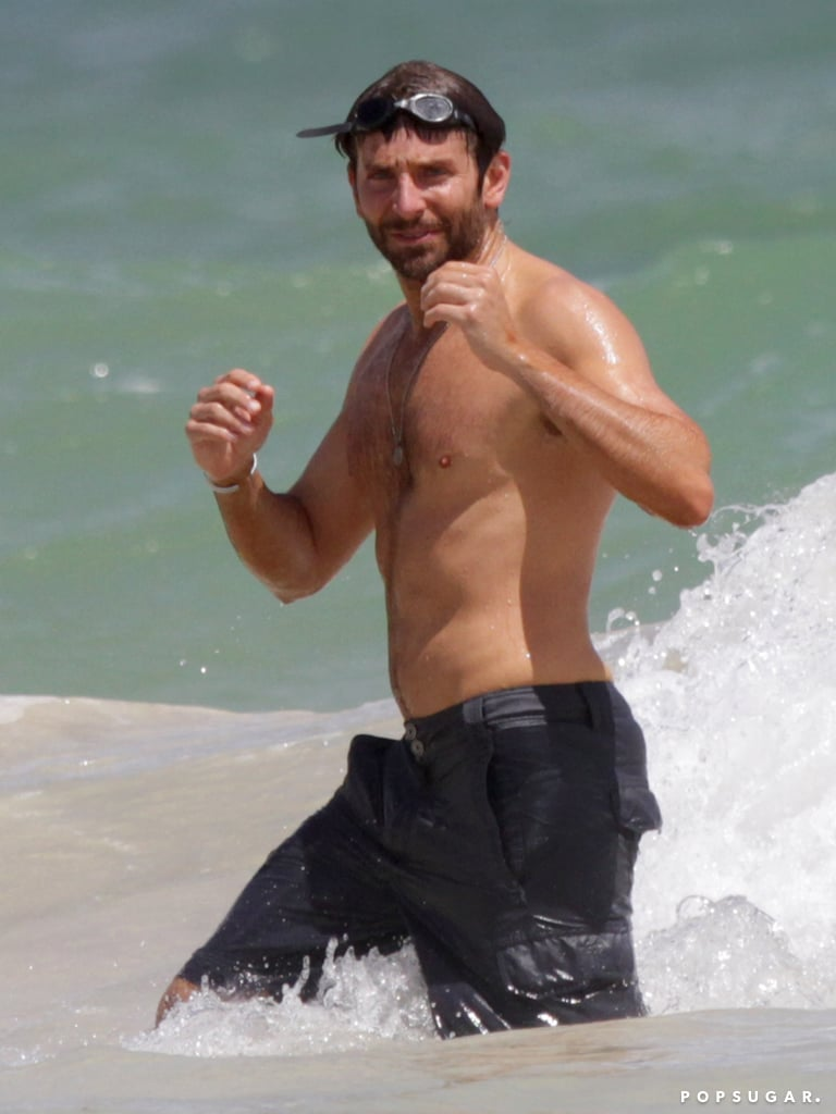 Bradley Cooper showed off his fit physique at the beach in Hawaii.