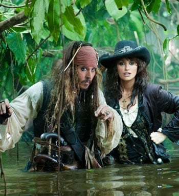 First Look at Johnny Depp and Penelope Cruz in new 'Pirates of The Caribbean:on stranger tides' Movie