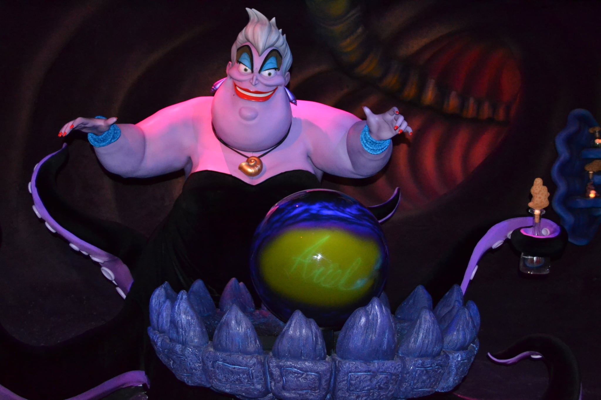Disney guests disturbed by unexpectedly headless singing Ursula