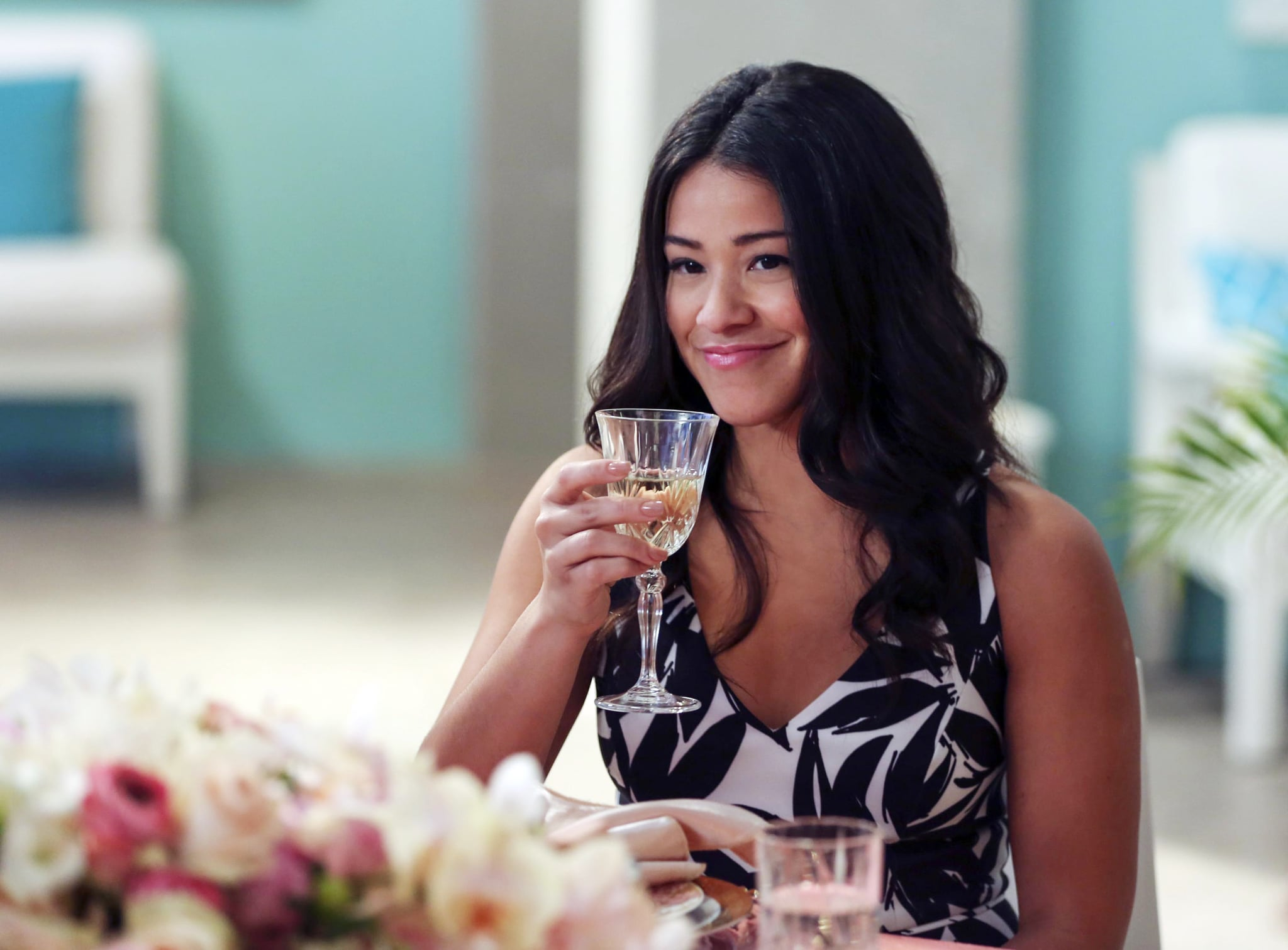 JANE THE VIRGIN, Gina Rodriguez, 'Chapter Thirty-Four', (Season 2, ep. 212, aired Feb. 22, 2016). photo: Scott Everett White / The CW / courtesy Everett Collection