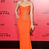 Elizabeth Banks wore a strapless gown.
