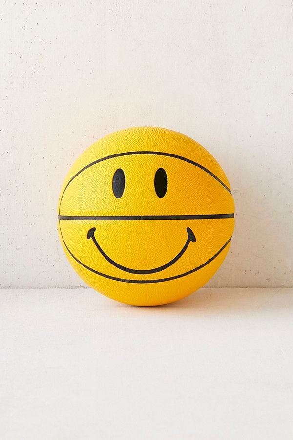 Chinatown Market For UO Smiley Basketball