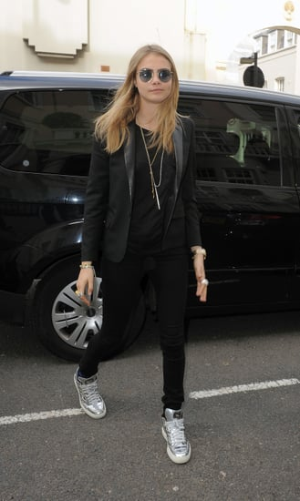Cara-Delevingne-channeled-Ozzy-Osbourne-her-round-metal-sunglasses