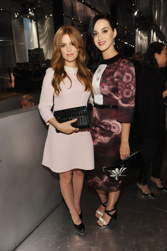 Isla Fisher chatted with Katy Perry.
