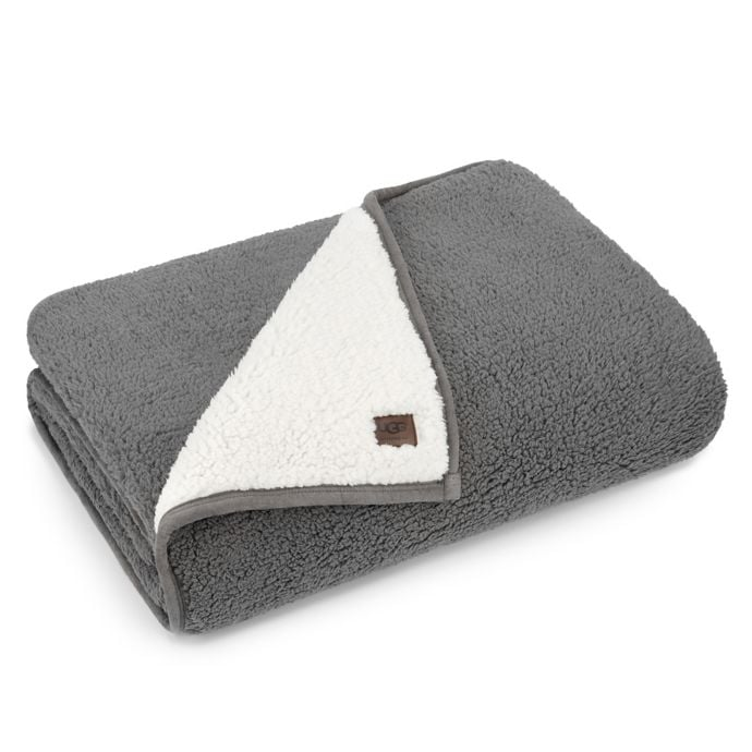 UGG Classic Sherpa Throw Blanket