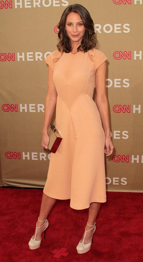 Christy Turlington was gorgeous in a peach dress.