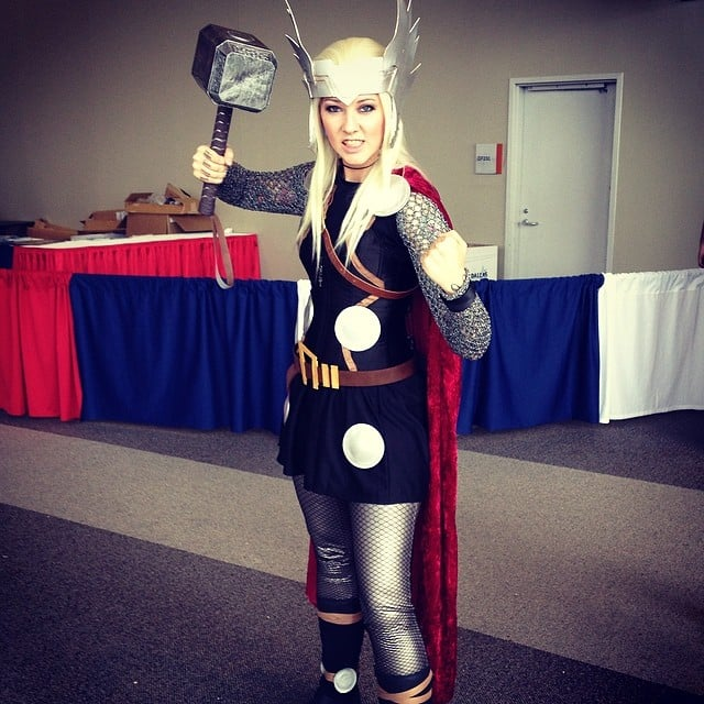 Love cosplayer Anna Lee's take on chainmail armor at Dallas Comic Con!