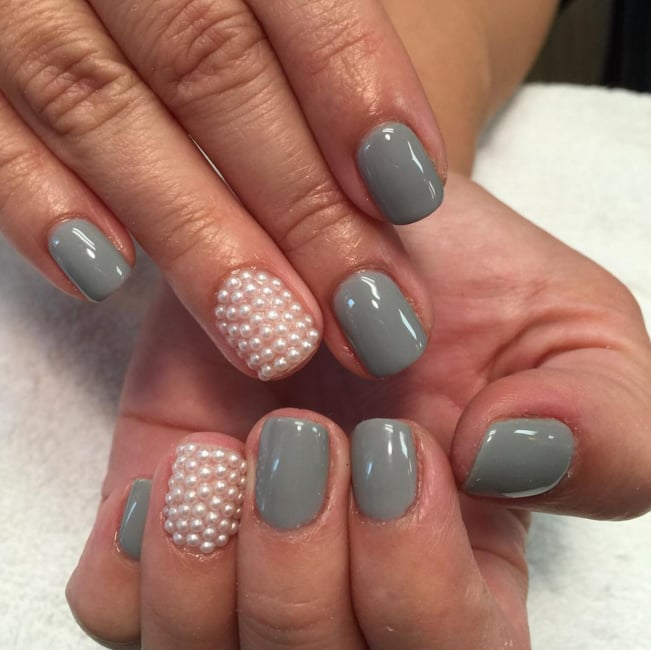 Pearl Nail Art Ideas to Make the Festive Season More Elegant
