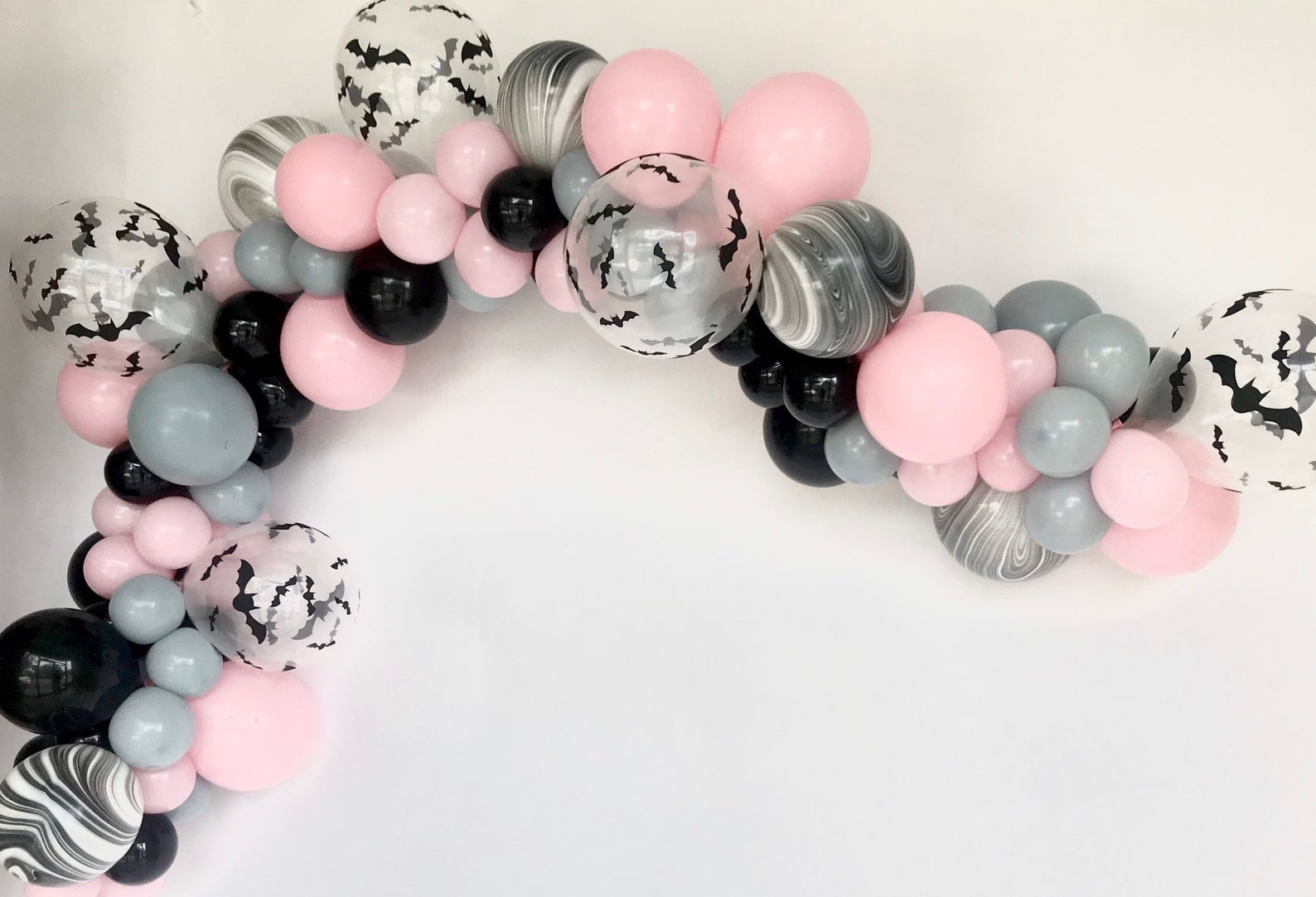 Halloween Balloon Garland 50 Pink Halloween Decorations That Are So Fetch Popsugar Home Photo 39