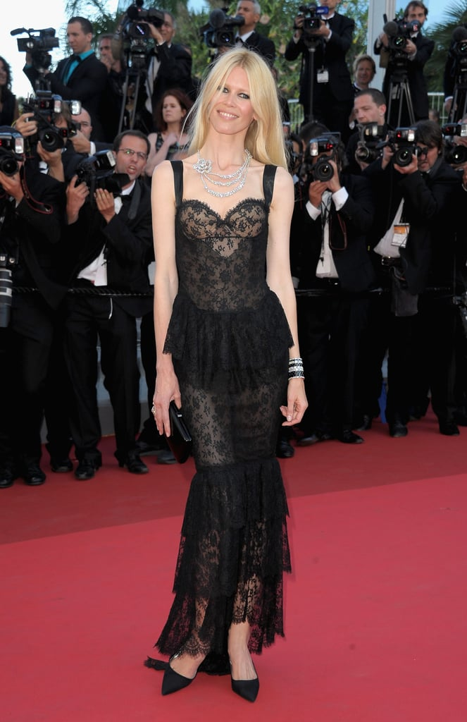 In 2011, Claudia Schiffer downplayed the sexiness of a black lace Chanel gown by adding low heels.