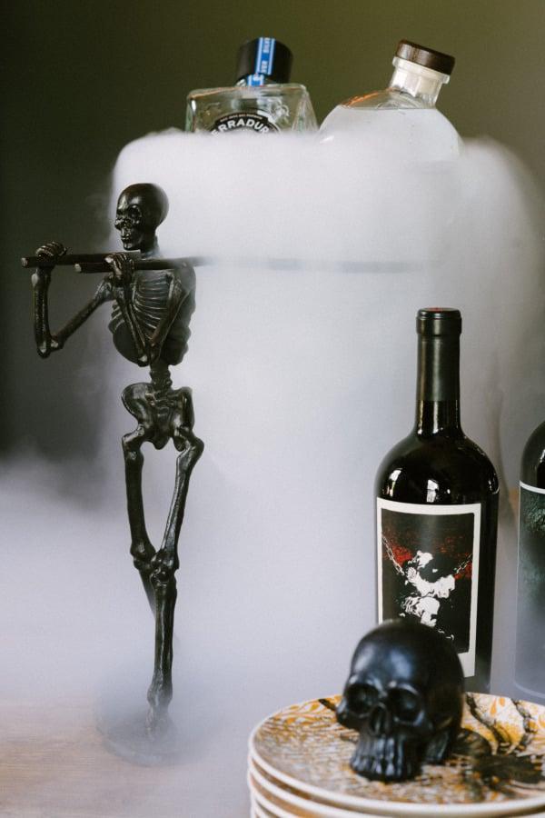 Stylish Halloween Party Inspiration
