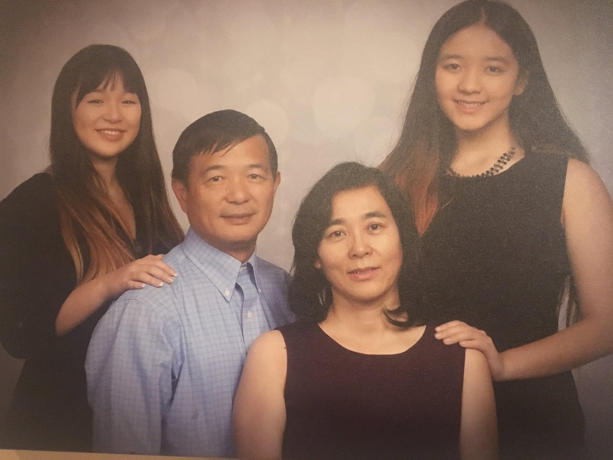 tmp_nsmWYC_8af1d3c02f84beac_family.jpeg