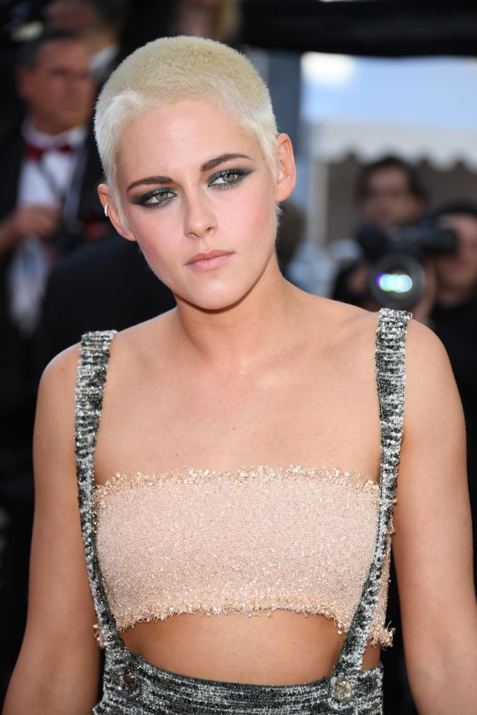 The Cut-Out Details of Kristen Stewart's Chanel Dress