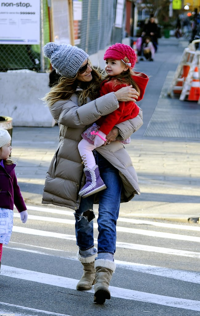 Sarah Jessica Parker carried Tabitha Broderick across the street.