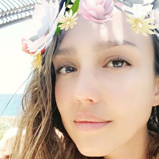 Jessica Alba's No-Makeup Selfie April 2016