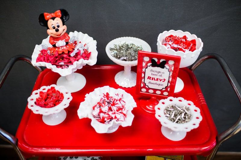 """The kids made their own Minnie Mouse bows at """"Riley's Bowtique""""!"""