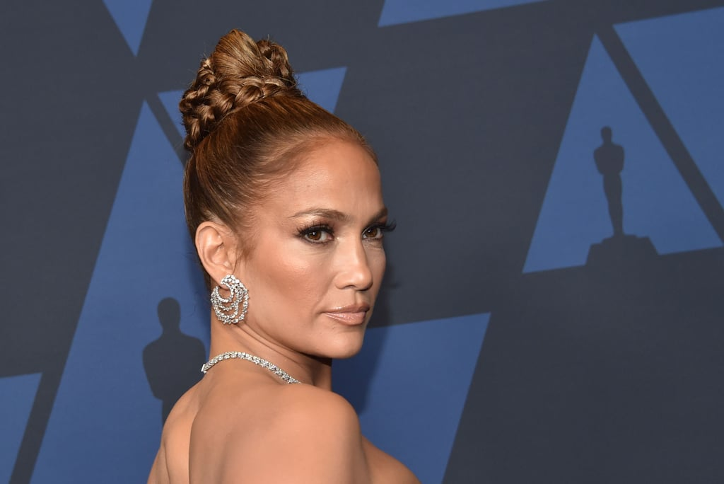 Jennifer Lopez Wears Essie Topless and Barefoot Polish