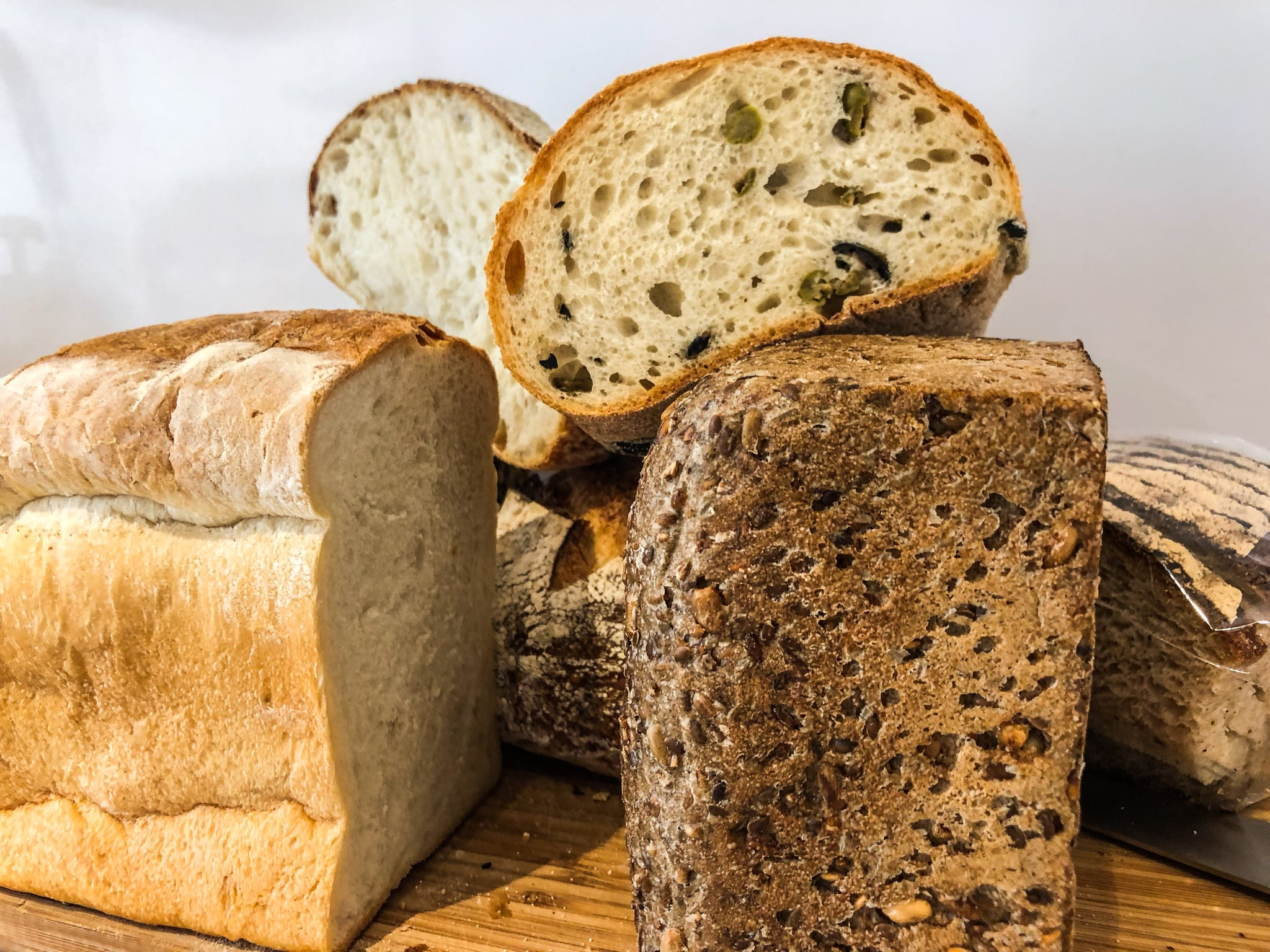 This Dietitian-Approved Diet Puts Bread Back on Your Plate, but You'll Need to Shop Wisely