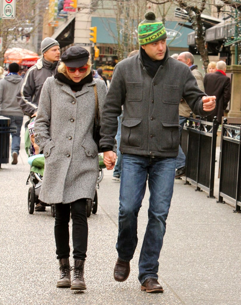 Diane Kruger and Joshua Jackson Break From Holiday Shopping to Kiss