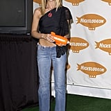 Sarah Michelle Gellar rocked a one-shouldered crop top with low-rise jeans at the 2002 Kids' Choice Awards.