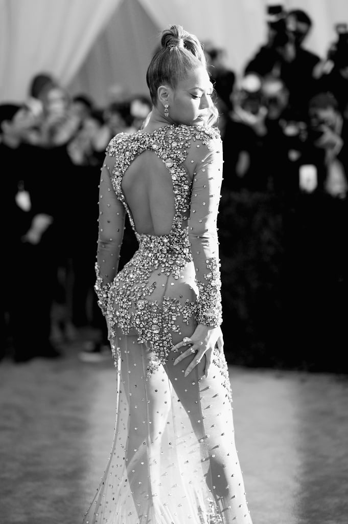 25 Stunning Black and White Snaps From the Met Gala