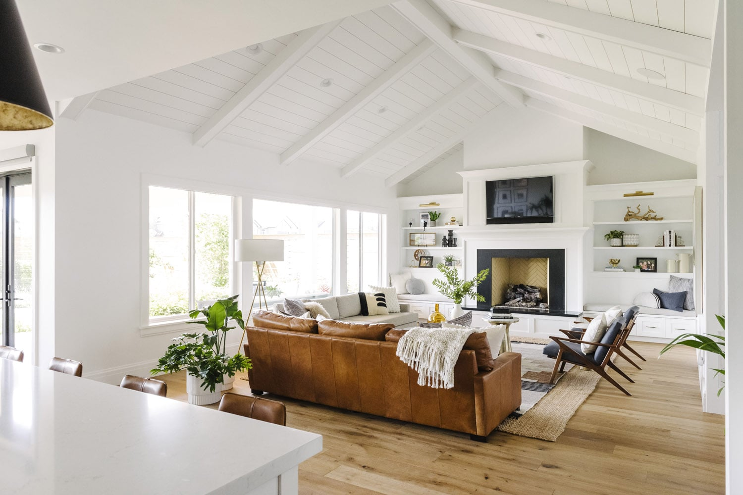 How To Get The Modern Farmhouse Look Modsy Blog