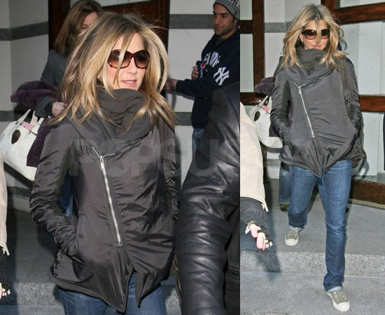 Photos of Jennifer Aniston Leaving a Production Studio in NYC For The Baster