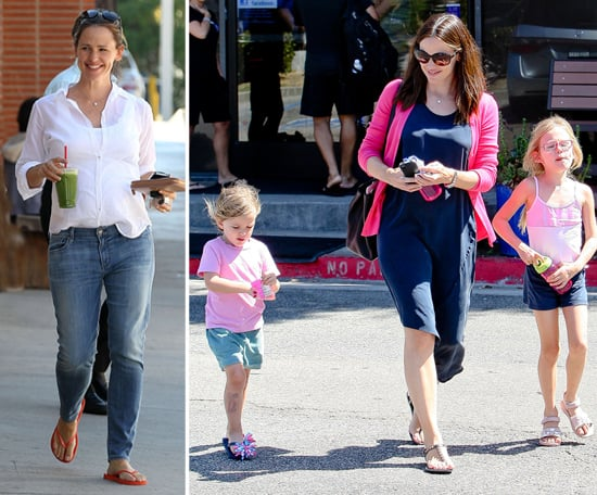 Jennifer Garner Has a Pink and Blue Playdate With Sera and Violet
