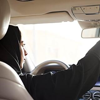 أوبر تمنح النساء السائقات في السعودية خيار نقل العملاء من نف