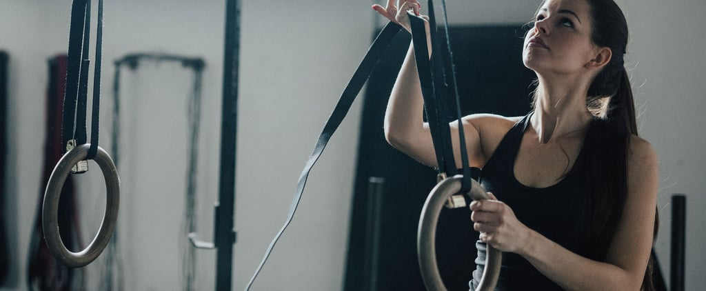 How to Do a Single Arm Ring Row to Strengthen Upper Body
