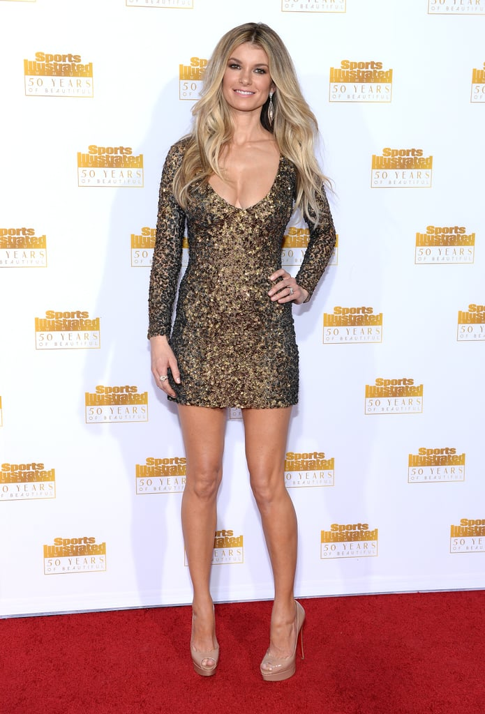 Marisa Miller put her legs on display.