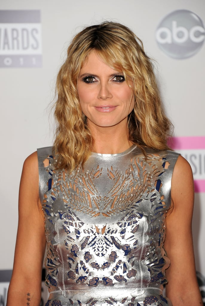 Heidi Klum wore her hair down for the American Music Awards.
