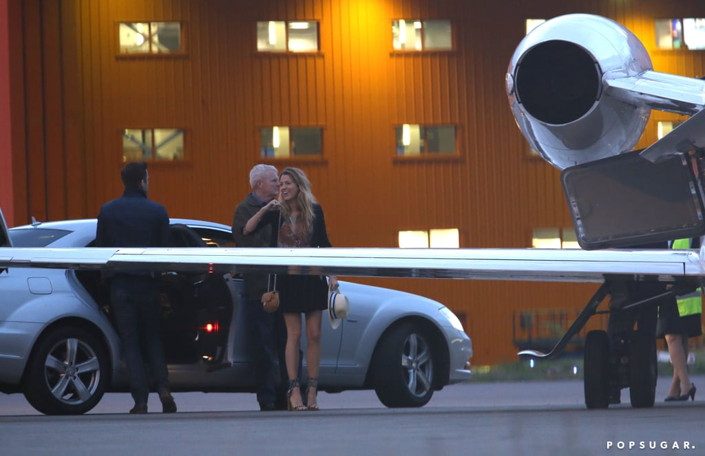 Blake Lively and Ryan Reynolds got ready to board a private plane.