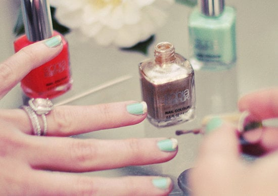 DIY manicures can sometimes be more trouble than they're worth, but that doesn't have to be the case any longer. Deborah Lippmann shares a simple tip for painting your opposite hand, and it's a lot easier than you'd think. Source: Flickr user . . . love Maegan